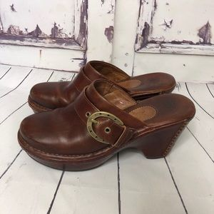 ARIAT brown leather chunky clog mules straps 7